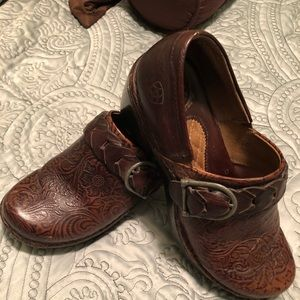 Born detailed slip on shoes
